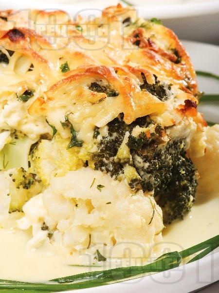 Запеканка от карфиол и броколи - снимка на рецептата
